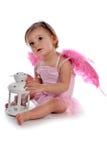 Leuk meisje met roze vleugels Royalty-vrije Stock Foto's