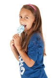 Leuk tan donkerbruin meisje met blauwe uitloper Stock Foto's