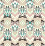 Leuk uil naadloos patroon met inheemse elementen Royalty-vrije Stock Foto