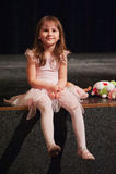 Leuk weinig ballerinameisje stock foto's