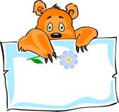 Leuk weinig beer en een document sticker Stock Afbeeldingen