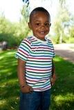 Leuk Weinig het Afrikaanse Amerikaanse babyjongen glimlachen Royalty-vrije Stock Fotografie
