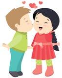 Leuk Weinig jongen die een van de de Dagkaart van Meisjesvalentijnskaarten Vector Vlakke die Illustratie kussen op Wit wordt geïs Stock Afbeeldingen