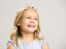 Leuk weinig prinses het lachen stock fotografie