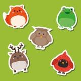 Leuke Afrikaanse wilde bosvogels en dieren Geplaatste stickers Vector illustratie Kikker, vos, herten, uil, hoofd Stock Afbeelding