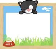 Leuke baby zwarte kat en lege raad Royalty-vrije Stock Afbeeldingen