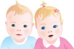 Leuke babys - jongen en meisje Stock Afbeeldingen