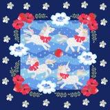 Leuke beeldverhaaleenhoorns en kleine blauwe vogels op blauwe stipachtergrond in mooi bloemenkader Lapwerkpatroon voor baby vector illustratie
