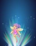 Leuke fee met kleurrijke vleugels die bij nacht vliegen royalty-vrije illustratie