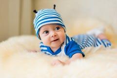 Leuke glimlachende baby Stock Foto