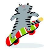 Leuke grappige beeldverhaalkat op skateboard Katachtige vrolijke sportieve cha royalty-vrije illustratie