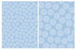 Leuke Hand Getrokken Abstracte Bloemen Vectorpatronen Blauw en Wit Eenvoudig Ontwerp vector illustratie