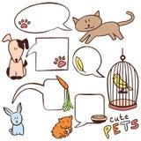 Leuke hand getrokken huisdieren en toespraakbellen Stock Foto