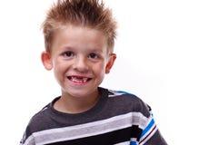 Leuke jonge jongens glimlachende en ontbrekende tanden Stock Afbeeldingen
