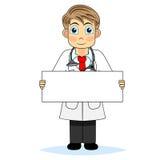 Leuke jongen arts die een leeg teken houdt Stock Foto's