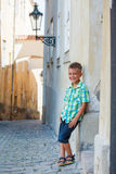 Leuke jongen in Praag Royalty-vrije Stock Fotografie