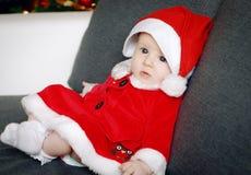 Leuke Kerstmis weinig baby portret Stock Afbeeldingen