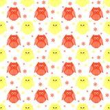 Leuke rode en gele uilen met bloemen op de achtergrond Royalty-vrije Stock Fotografie