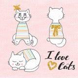 Leuke vectorillustratie van witte kat in gestreepte sweater Mooie hand getrokken kaart stock illustratie