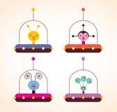 Leuke vreemdelingen in geplaatste het ontwerpelementen van spaceshipsjonge geitjes Royalty-vrije Stock Afbeelding