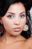 Leuke vrouw met aardige kleurrijke samenstelling Stock Foto