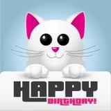 Leuke witte kat met roze neus die een gelukkige verjaardagskaart houden - vectorillustratie Stock Afbeeldingen