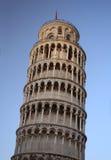 Leunende Toren van Pisa, Italië stock foto's