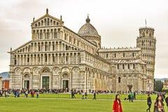 Leunende toren van Pisa Italiaanse monumenten Stock Afbeelding