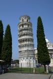 leunende toren van pizza Stock Foto's