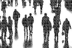 Leute öffentlich mit binär Code-Kennziffern Lizenzfreie Stockfotografie