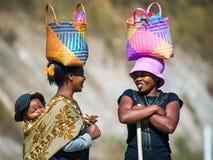 Leute in ANTANANARIVO, MADAGASKAR stockbild