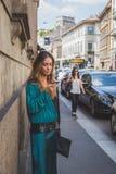 Leute außerhalb des John Richmond-Modeschaugebäudes für Milan Men Lizenzfreies Stockfoto
