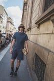 Leute außerhalb des John Richmond-Modeschaugebäudes für Milan Men Stockfotos