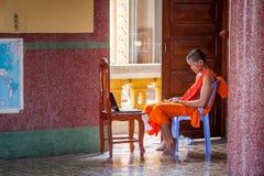 Leute auf der Straße des asiatischen Landes - Vietnam und Kambodscha Lizenzfreie Stockfotos