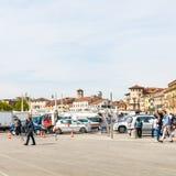 Leute auf Parkplatz auf quadratischem Prato-della Valle Stockfoto