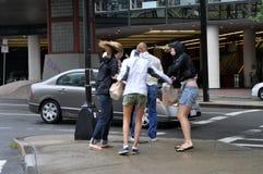 Leute in Boston während des Hurrikans Irene