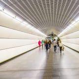 Leute an der Bahnstation Prater in Wien Lizenzfreie Stockfotografie
