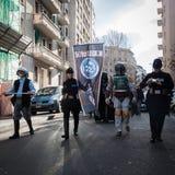 Leute der 501. Legion nehmen an der Star Wars-Parade in Mailand, Italien teil Stockfotos