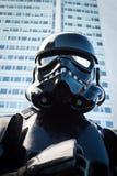 Leute der 501. Legion nehmen an der Star Wars-Parade in Mailand, Italien teil Stockfotografie