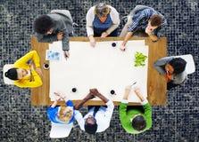 Leute, die Arbeits-Arbeitsplatz Team Concept treffen Lizenzfreies Stockfoto