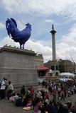 Leute, die das Festival von Eid im Trafalgar-Platz feiern Stockfotografie