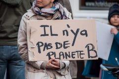 Leute, die gegen die globale Erwärmung und für Abwehr der Planet protestieren lizenzfreie stockfotografie