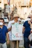 Leute, die gegen Luftverschmutzung protestieren Lizenzfreies Stockfoto