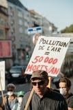 Leute, die gegen Luftverschmutzung protestieren Lizenzfreie Stockbilder