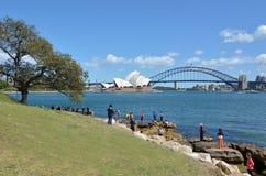Leute, die in Sydney Australia besuchen Stockfotos