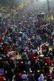 Leute, die zu globaler Versammlung Ijtema gehen Stockbilder