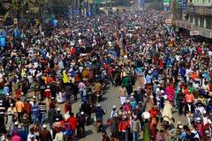 Leute, die zu globaler Versammlung Ijtema gehen Stockfotografie
