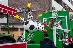 Leute an einem Karneval in Köln Stockbilder