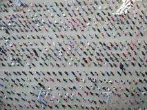 Leute führen Taiji Quan durch Stockbilder
