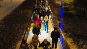 Leute genießen Eislauf, Zeitspanne stock video footage